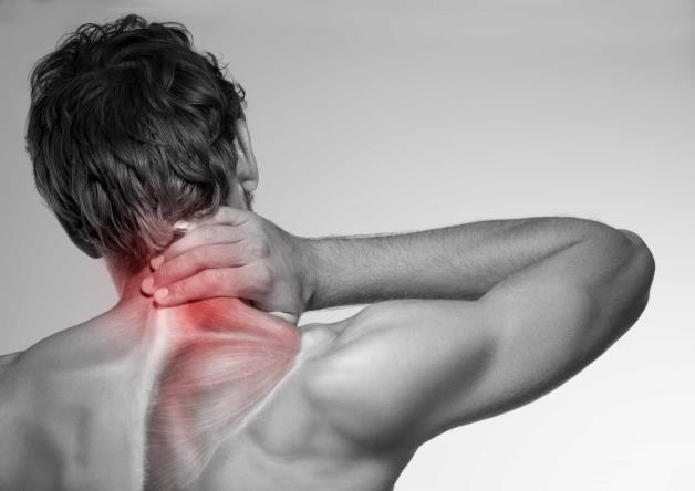 Причины и способы снятия головной боли в задней части шеи