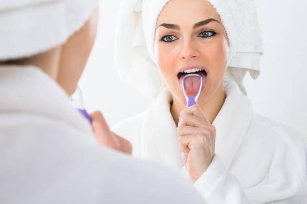Swollen tongue: 8 reasons you need to watch out